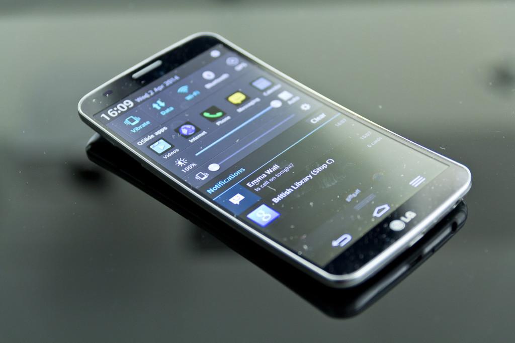 Ce telefoane inteligente vor aparea in 2015?