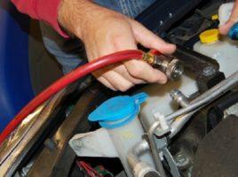Cum verificam problemele la AC auto?