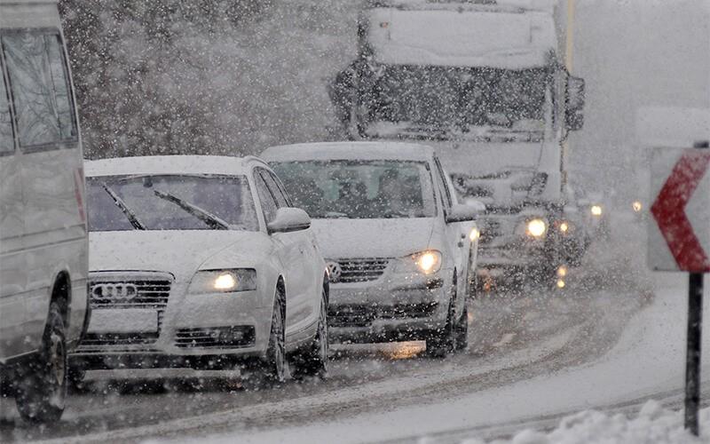Ponturi-pentru-condusul-in-conditii-de-iarna