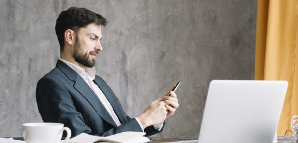 Se merita sa iti cumperi un terminal iPhone?