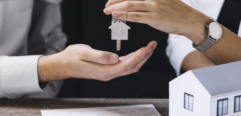 Vrei sa devii agent imobiliar - vezi ce trebuie sa faci