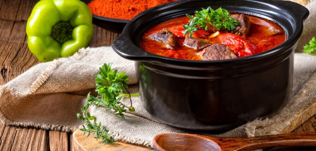 Livrare mâncare acasă gatită la oală– Un serviciu convenabil pentru toată lumea